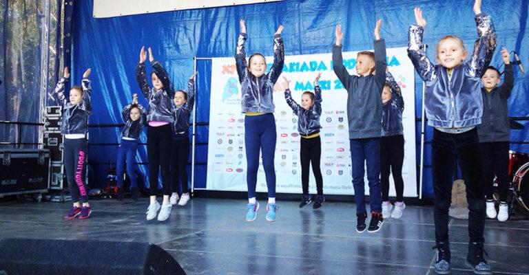 Pokazy taneczne dzieci zAPSz – XIV Spartakiada Rodzinna wMarkach