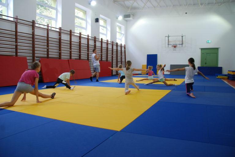 Akrobatyka dla dzieci wMarkach