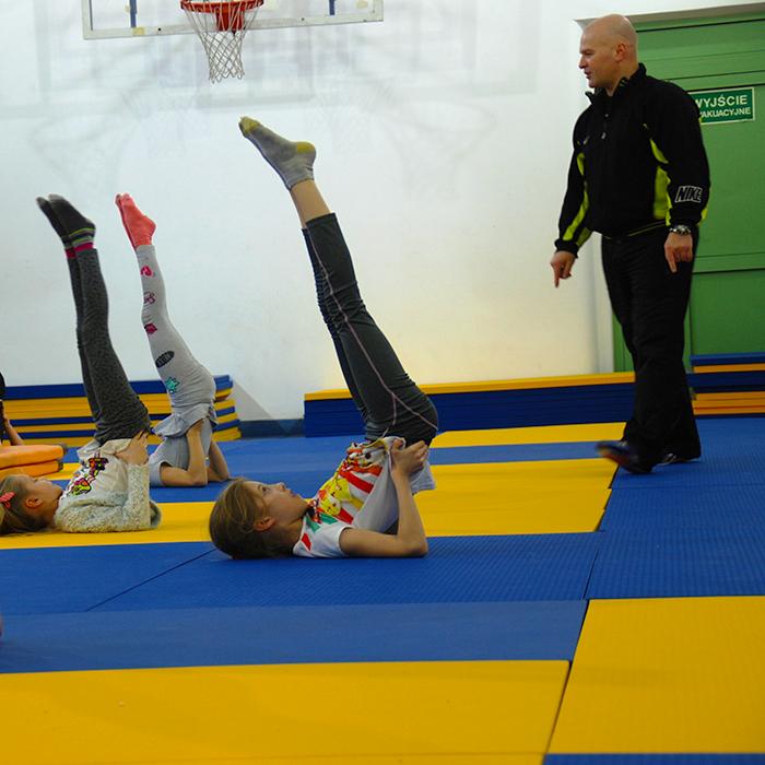 Akrobatyka dla dzieci Marki