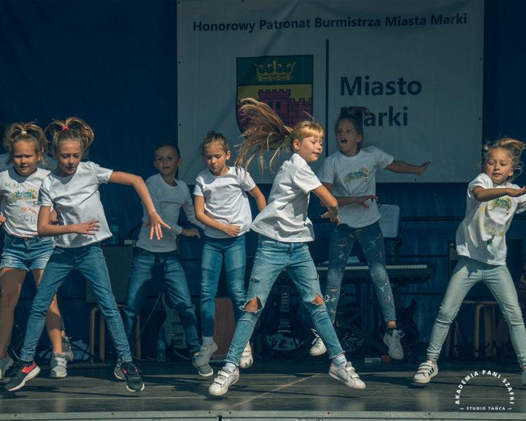 Pokazy taneczne naszych flagowych zespołów: DanceFire iDanceFireKids