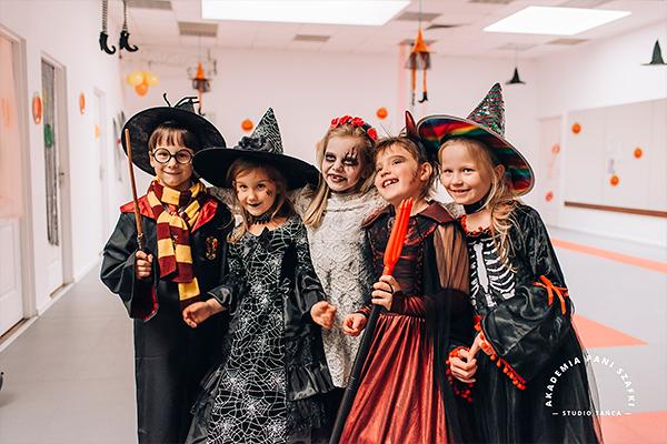 bal halloween dla dzieci wszkole tanca Akademia Pani Szafki