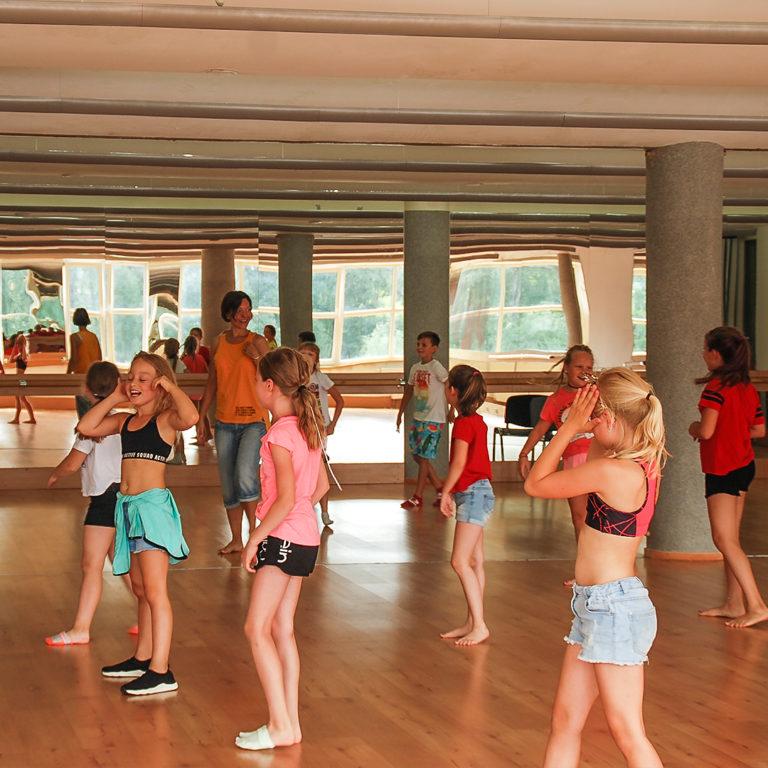 Zajęcia taneczne - t.nowoczesny