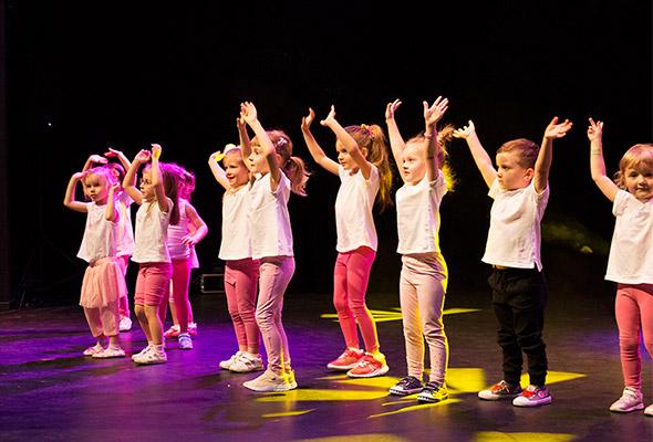 zajęcia taneczne dla dzieci Baby dance. Taniec Marki