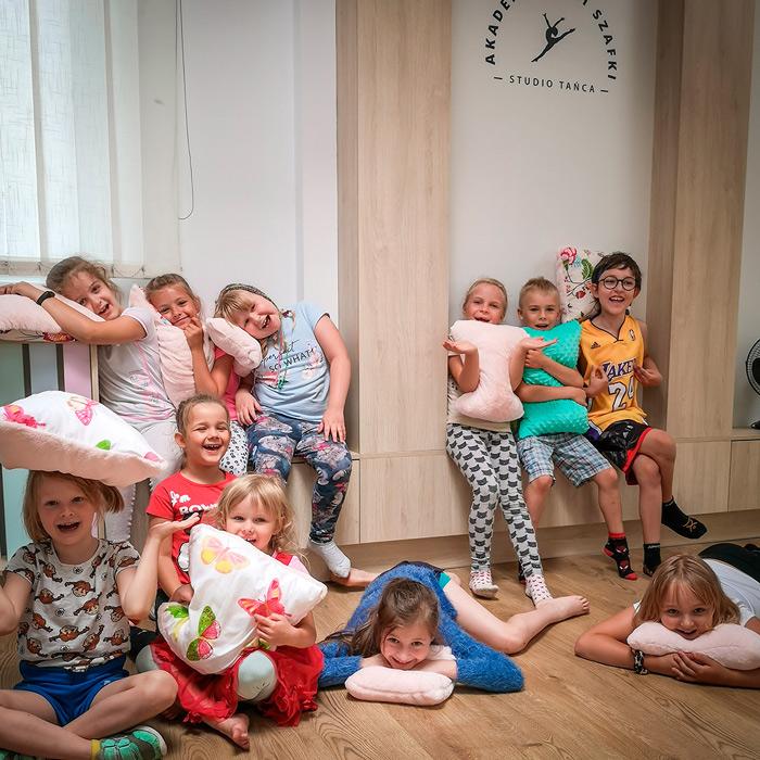Lato-w-markach-dla-dzieci-z-akademia-pani-szafki-(7)