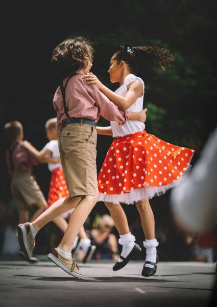 Taniec towarzyski dla dzieci wAkademia Pani Szafki wMarkach