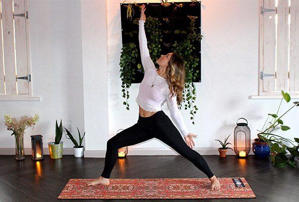 Yoga dla doroslych wMarkach