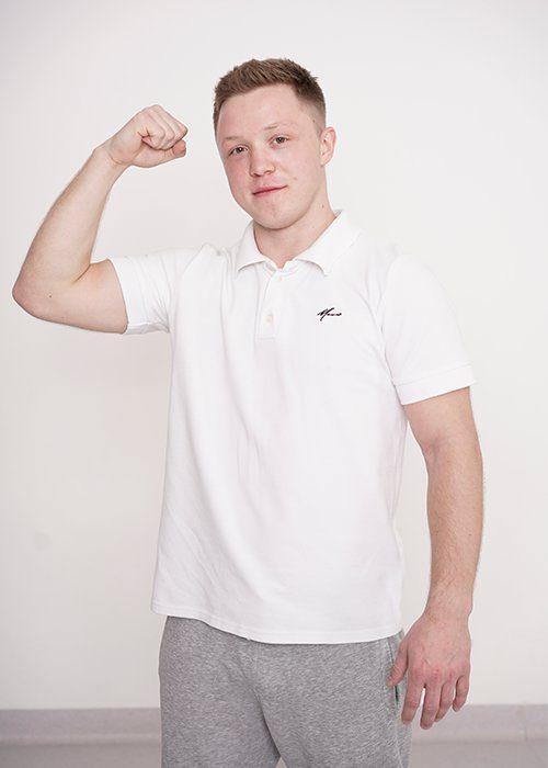 Sebastian Moroz - instruktor akrobatyki wAkademia Pani Szafki MArki